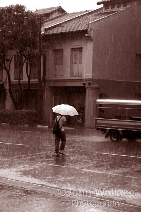 Caught in the rain, Sepia